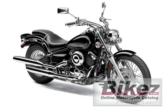 Big Yamaha v star custom picture and wallpaper from Bikez.com