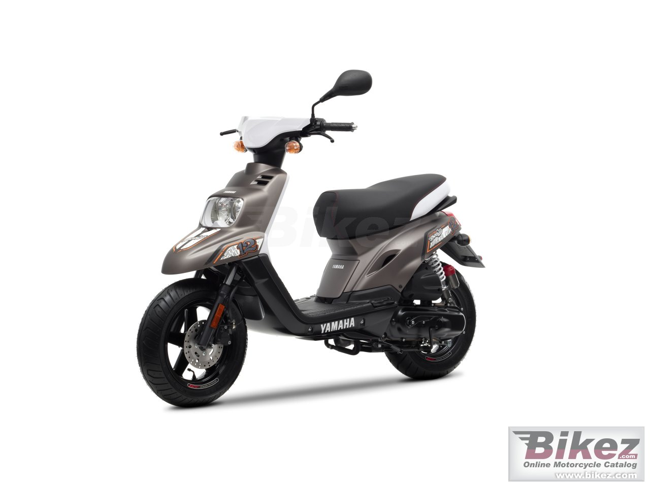 Big Yamaha bws 12 inch picture and wallpaper from Bikez.com