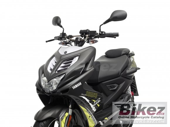 2013 Yamaha Aerox R Naked 50 photo