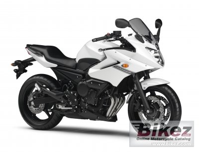 2013 Yamaha XJ6 Diversion photo