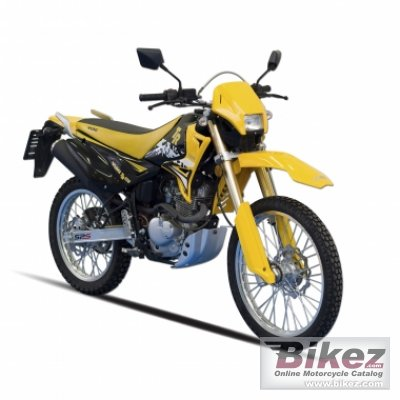 2010 Yuki 125 TR photo